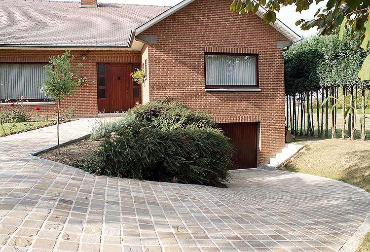partie cr ation de jardin du site l 39 argousier pavage terrassement. Black Bedroom Furniture Sets. Home Design Ideas